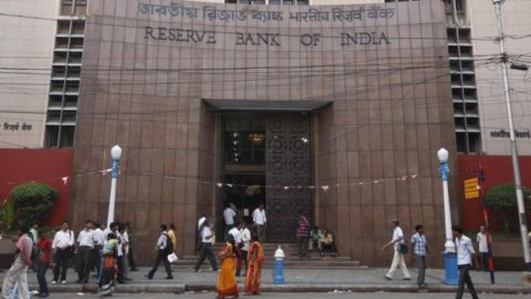 Union Budget 2018 may fuel inflation going ahead, notes MPC